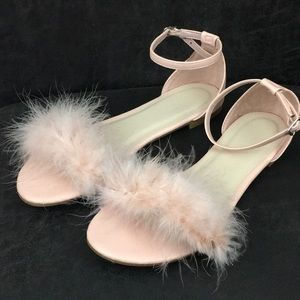 Light pink feather flirty ankle strap sandals 8